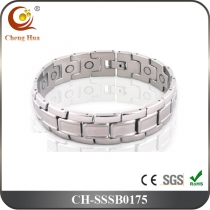Single Line Men's Magnetic Bracelet SSSB0175